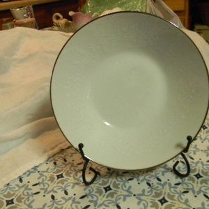 Noritaka Retired Rania Fruit Bowl